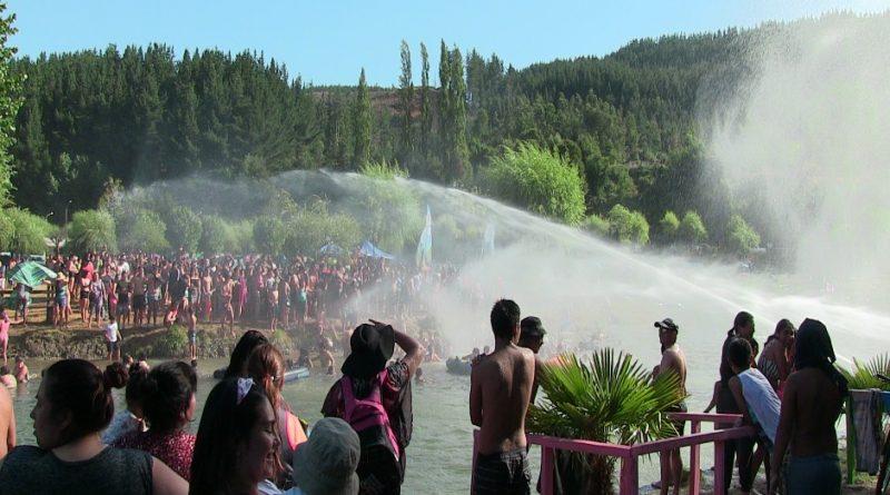 Curanilahuinos disfrutaron refrescante Fiesta del Agua